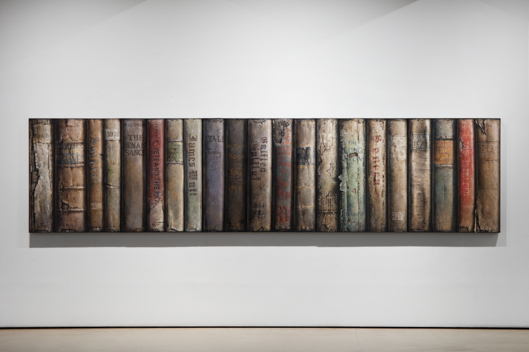 Hardbacks, 2016-2017, Oil on canvas, 91x73cm (3 pieces), 91x91cm, 91x65cm